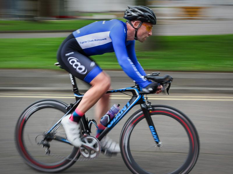 sports massage cyclist